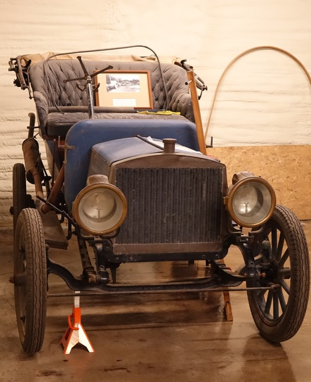 This 1907 Roadster is in need of a full restoration. The engine parts are in boxes!