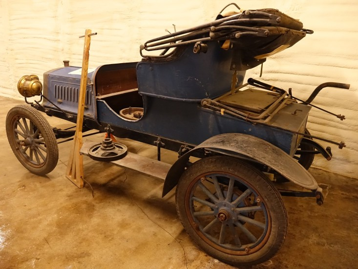 The 1907 Roadster will be beautiful when it is restored!