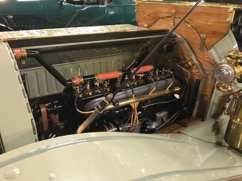 Engine of 1012 Mitchell Speedster