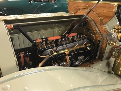 Engine of 1012 Mitchell Speedster