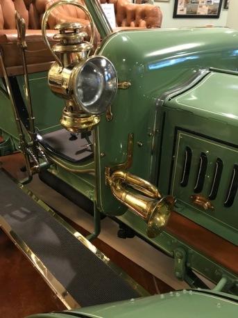 Beautiful brass lights and horn!